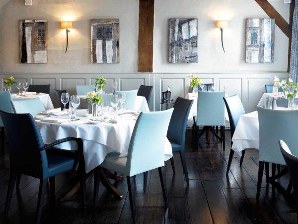 restaurant-5-1600x1200
