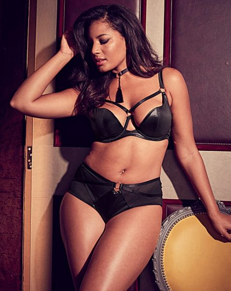 c8c9ba57902 Our 5 favourite plus size lingerie pieces for Valentines Day out now ...